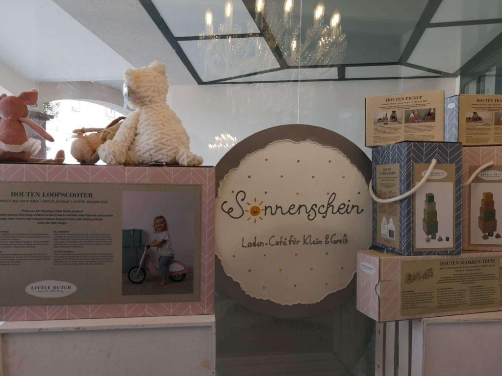 Kleine liebevolle Details im Laden-Café Sonnenschein in Kelkheim