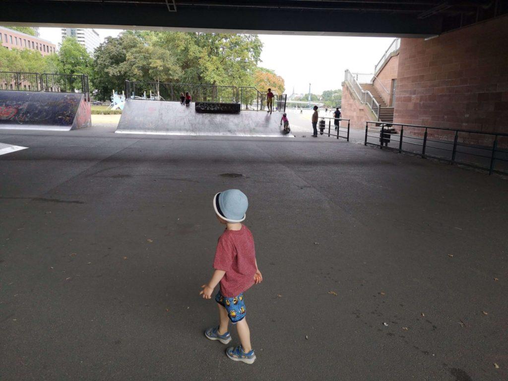 Skaterpark unter der Friedensbrücke