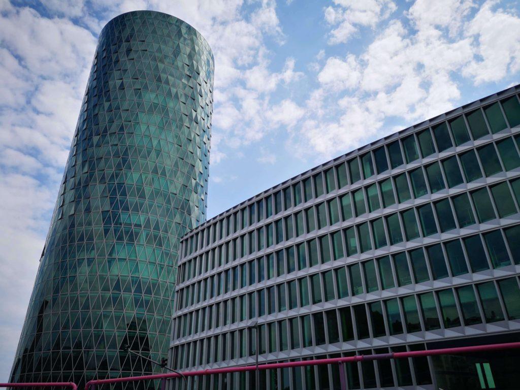Westhafen Tower - Gerippte - Frankfurt mit Kids