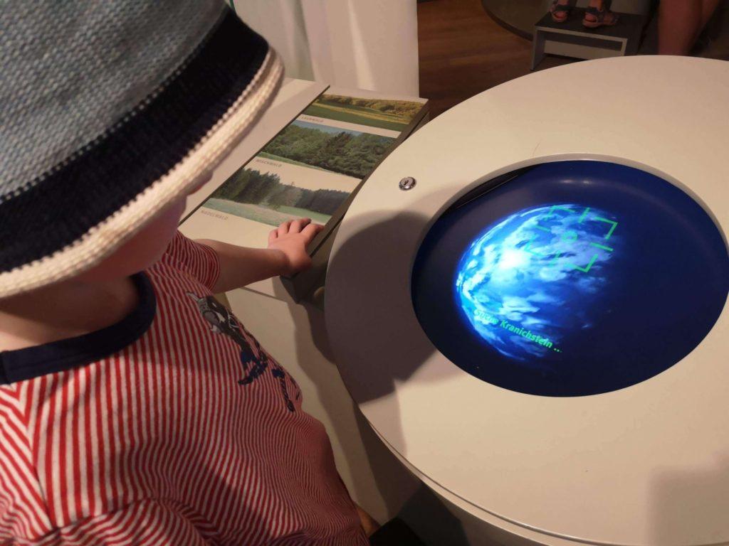 Experimentieren für die Kleinsten im bioversum Jagdschloss Kranichstein - Frankfurt mit Kids