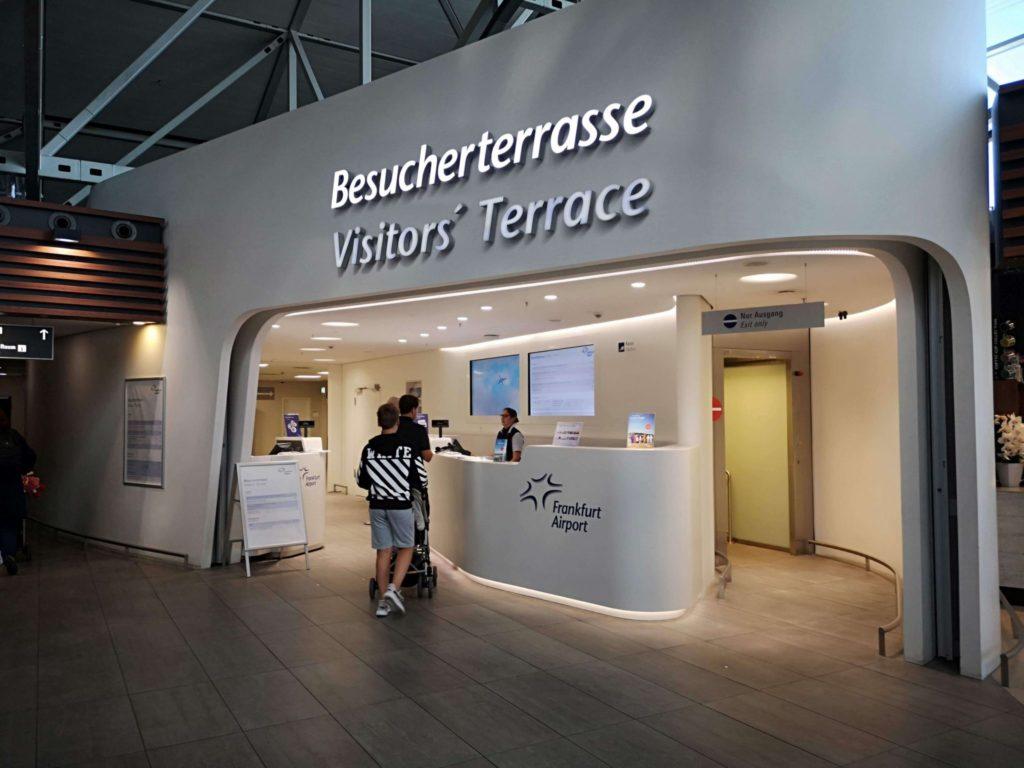 Auf zur Besucherterrasse am Flughafen Frankfurt - Frankfurt mit Kids