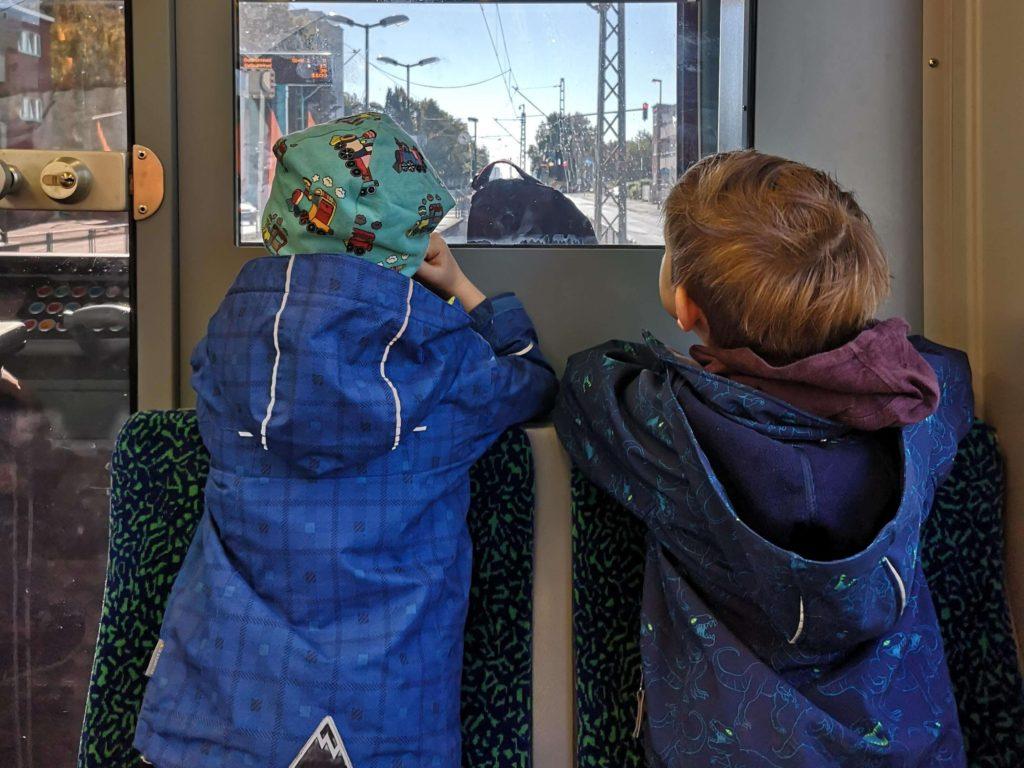 Mit der U-Bahn in den Palmengarten Frankfurt - Frankfurt mit Kids