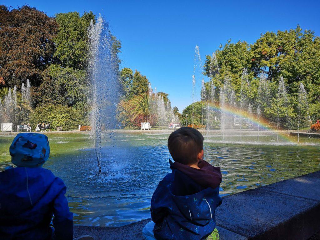 Regenbogen-Gucken einfach gemacht im Palmengarten Frankfurt - Frankfurt mit Kids