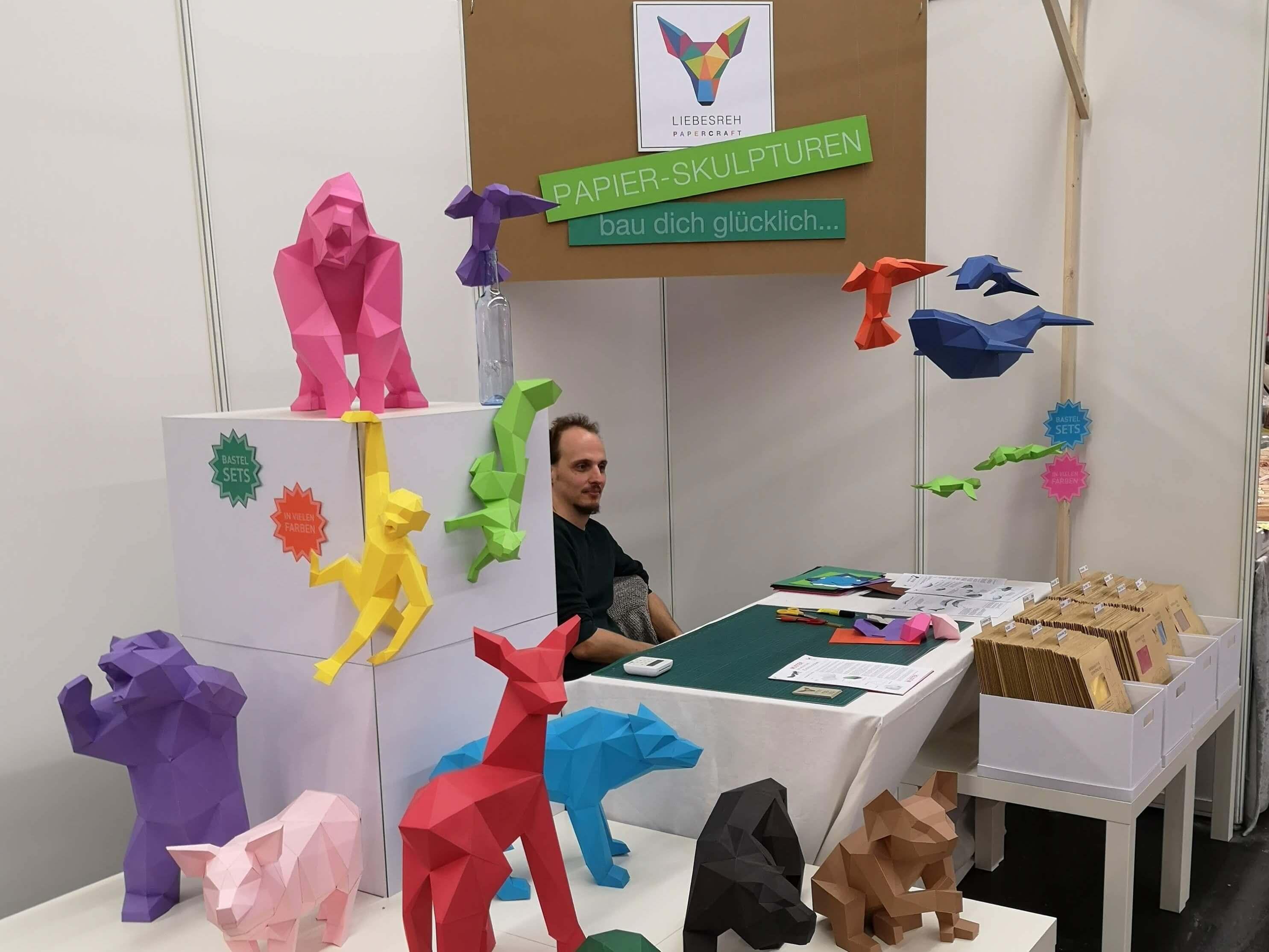 Tolle Geschenkideen zum, Beispiel Papptiere von Liebesreh auf der Kreativ Welt Frankfurt - Frankfurt mit Kids