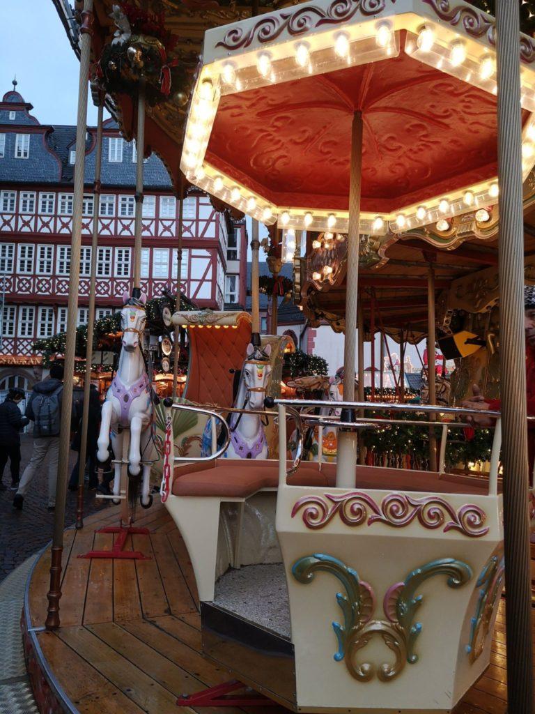 Nostalgisches Karussell in Frankfurt