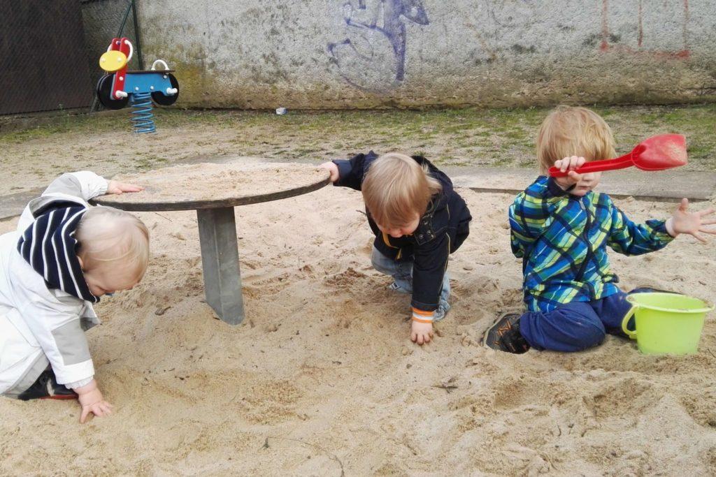 Super Arbeiten kann man hier im Sand
