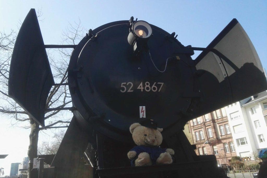 Teddybären-Tag der hitsorischen Eisenbahn in Frankfurt