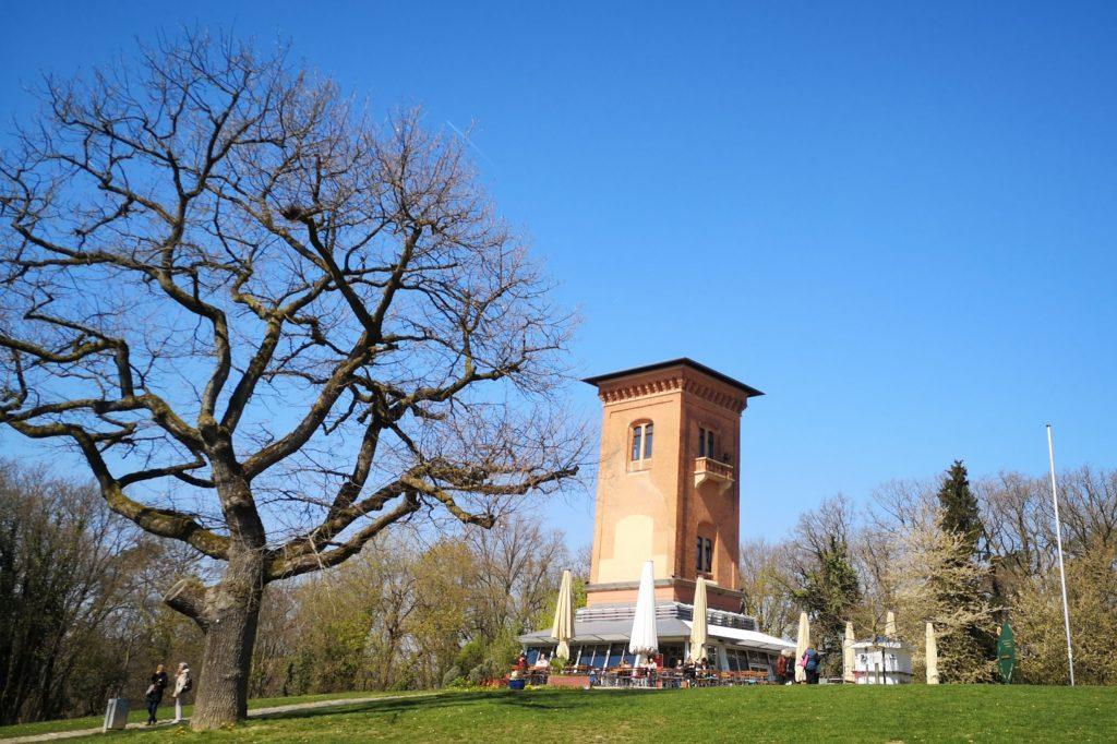 """""""Restraunt Turm"""" auf dem Neroberg in Wiesbaden"""