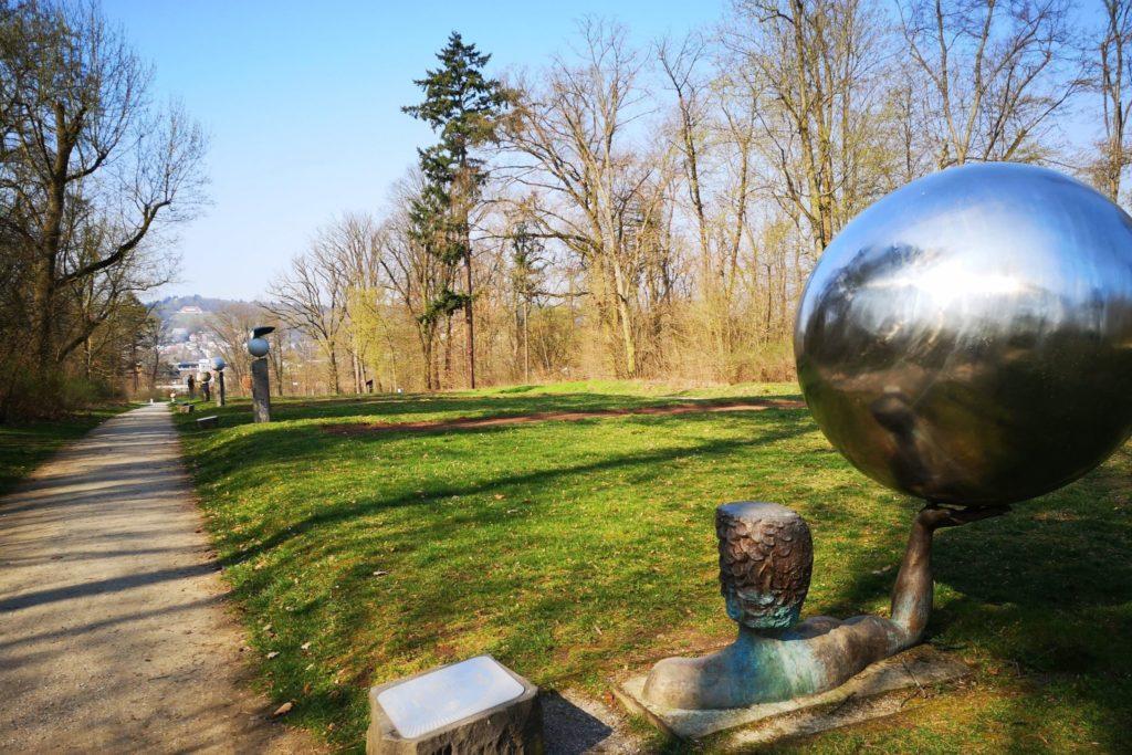 Der Blick vom Goldsteinpark bis zum Johannisberg