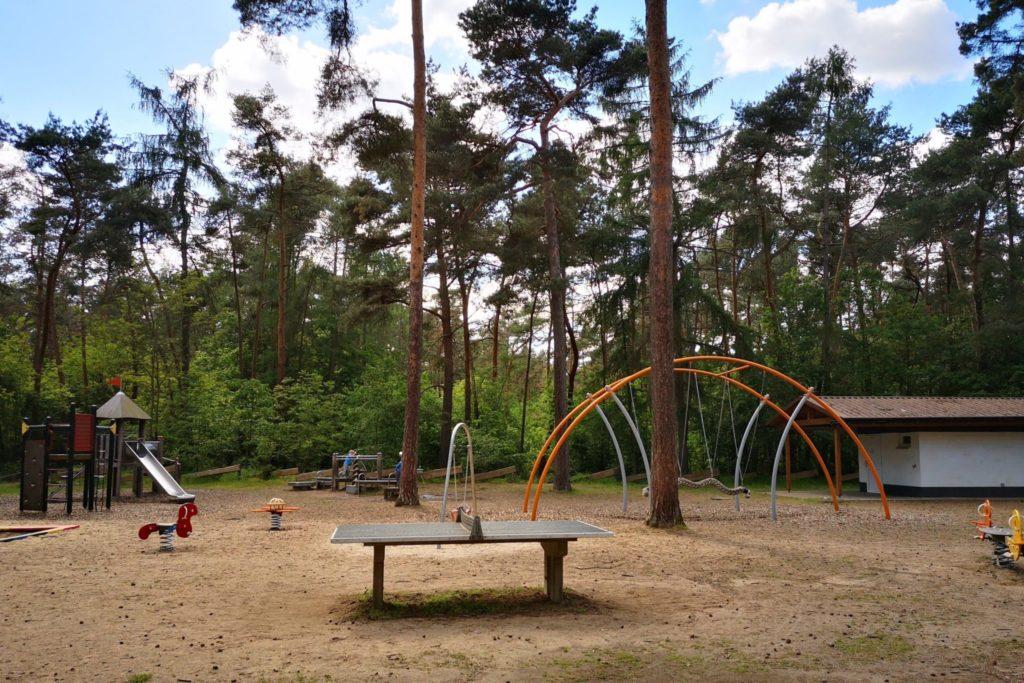 Toller Waldspielplatz im Braunshardter Tännchen