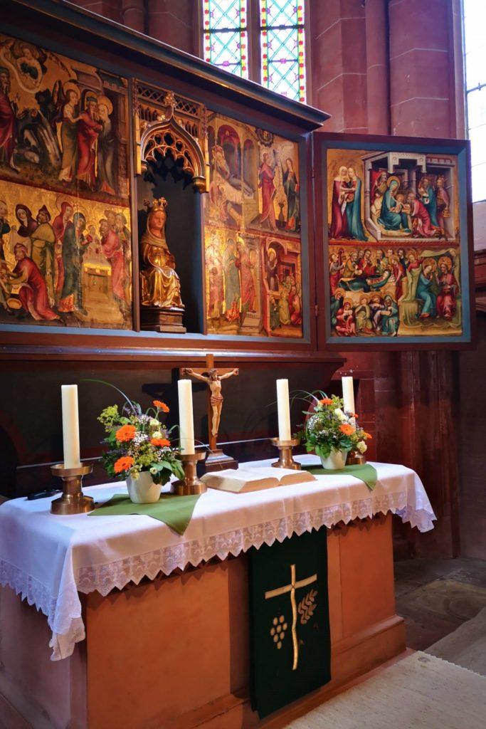 Altar der Evgangelischen Kirche Schotten