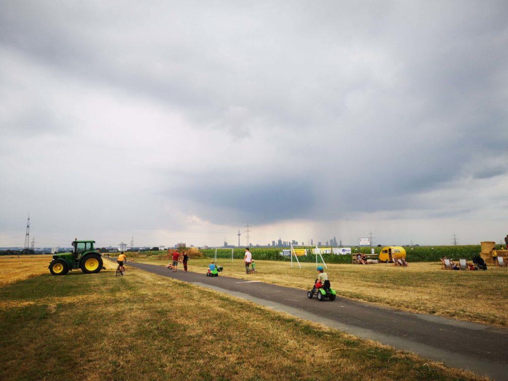 Traktorfahren am Maislabyrinth in Oberursel