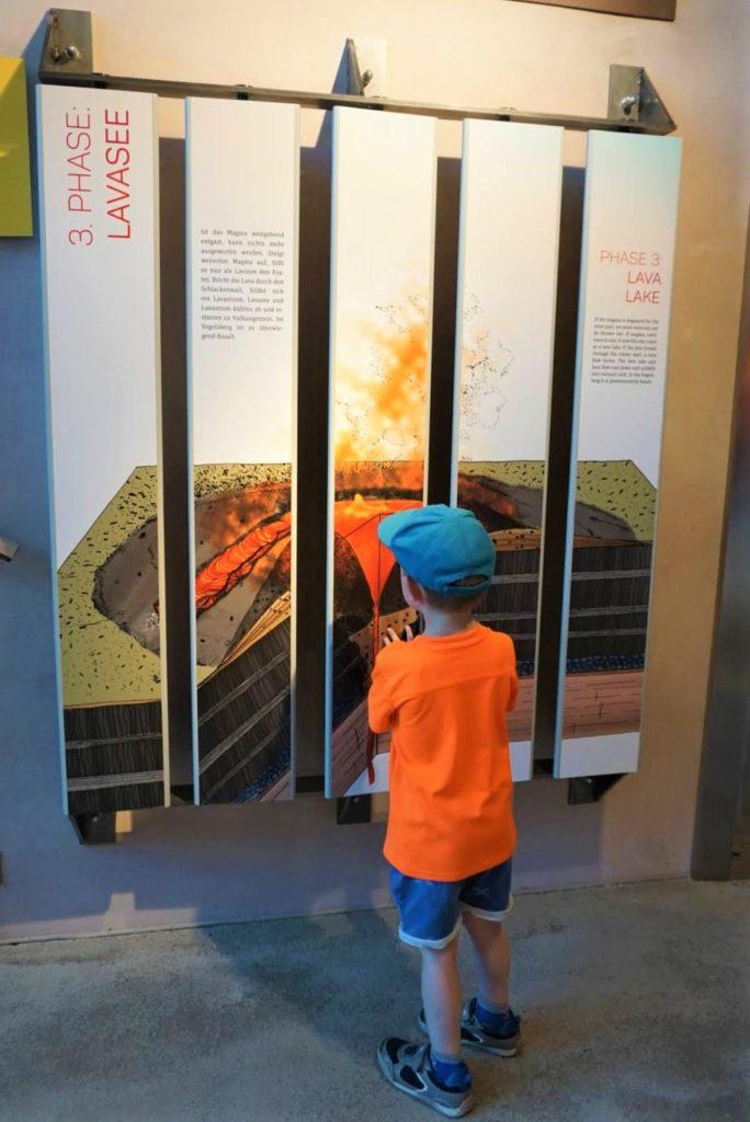 Drehen, puzzlen, schauen - das Mitmach-Museum