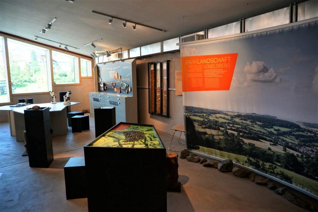 Viele Mitmach-Stationen im Vulkan-Museum
