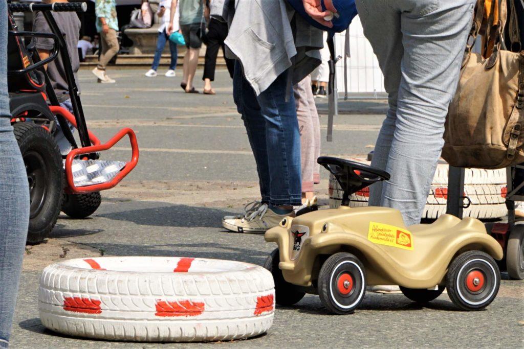 Bobbycar fahren für die Kleinsten