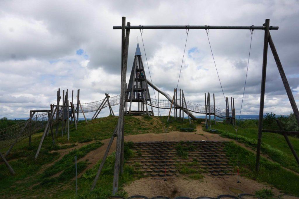 Affenschaukel Abenteuerspielplatz Hochheim