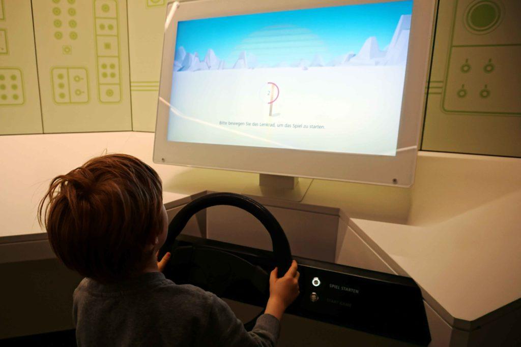 Lenkrad Spiel Geldmuseum