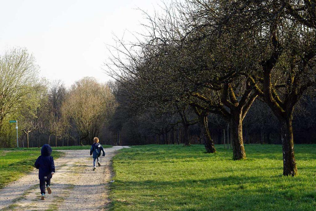 Kind rennt in Bremthal