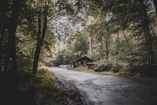 Waldparkplatz Obrunnschlucht Märchenpfad